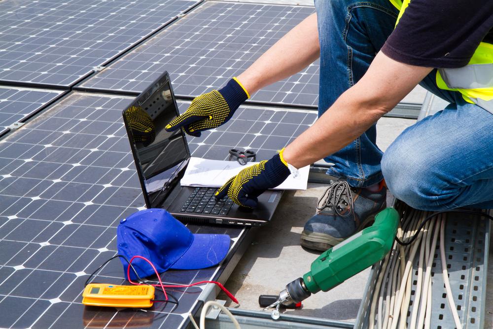 faire-appel-a-un-professionnel-pour-installer-panneaux-photovoltaique